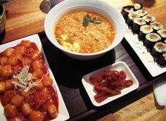Great Korean food - Tokpoki, Ramen and Kimbob, for this you have to visit Korea!