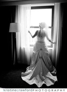Wedding dress Nye, Photography Ideas, Photoshoot Ideas