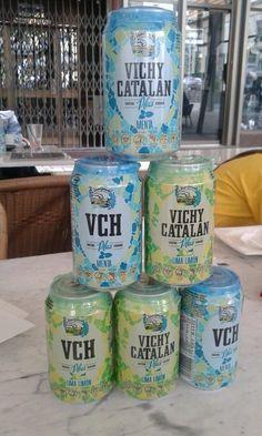 Valentí Calvet (@maginet5) compartió este momento Vichy Catalán, su particular torre de latas VCH Plus, desde MesCub (Girona)