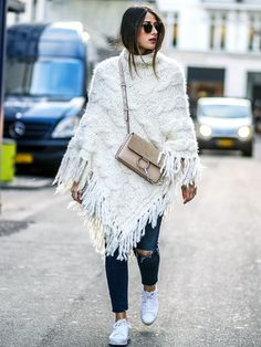 Supersize Poncho + Sporty Accessories
