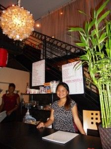 Hostess at Peking Tokyo    http://www.coconutwire.vi/peking-tokyo/