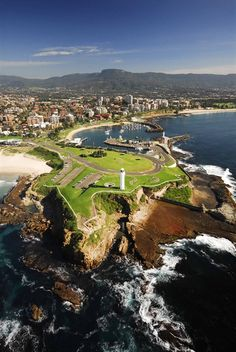 Wollongong on the South Coast of New South Wales, Australia South Australia, Australia Travel, Tasmania, Wollongong Australia, Beautiful World, Beautiful Places, Melbourne, Largest Countries, Wonders Of The World