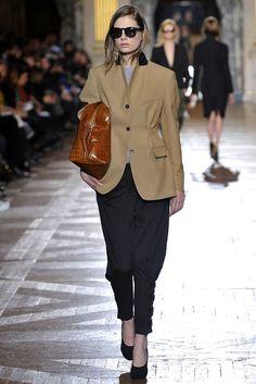 Dries Van Noten Fall 2010 Ready-to-Wear Fashion Show - Caroline Brasch Nielsen (Elite)