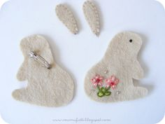 cute and original handmade goodies Felt Animal Patterns, Felt Crafts Patterns, Easter Projects, Easter Crafts, Handmade Felt, Handmade Crafts, Spring Crafts, Holiday Crafts, Hand Sewing Projects