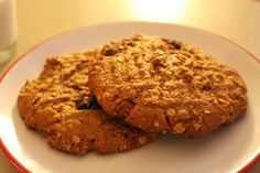 Kevin Vaughn's Spicy Peanut Butter Oatmeal Raisin Chocolate Chip Cookie  HAY QUE PROBARLAS!!!!