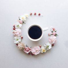 Japanese Artist Creates A Unique Visual Diary While Having Her Coffee
