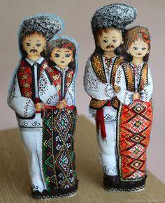 Купить Молдавский сувенир. Парень с девушкой в интернет магазине на Ярмарке Мастеров