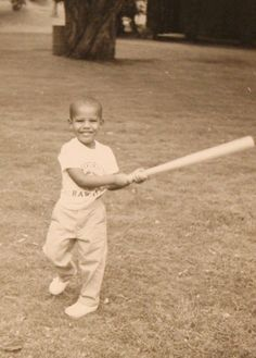 <b>Love him or hate him now, pudgy little Barry was a pretty cute kid.</b>