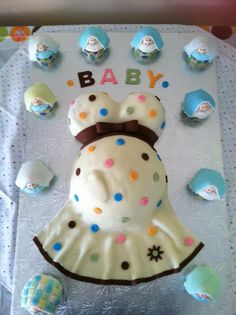 Baby Shower Cake- totally reminds me of the dress from Eli's baby shower that I lost my strap on