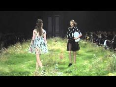 Versailles meets abstraction in the Moncler Gamme Rouge for the Spring-Summer 2016 season. Giambattista Valli has once again decided to reinvent the tenets o...