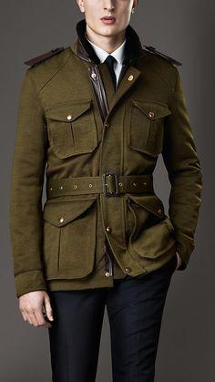Shearling Collar Field Jacket with Warmer Burberry Jacket, Burberry Men, Burberry Prorsum, Military Fashion, Mens Fashion, Men Closet, Safari Jacket, Men's Coats And Jackets, Bomber Jackets