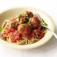 Bake a batch of these meatballs and whip up some spaghetti for a quick, tasty supper the whole family will love. #recipe #WWLoves