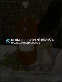 http://mlsnakocka.blog.cz/1007/domaci-medunkovy-sirup-nejen-pro-sladky-spanek