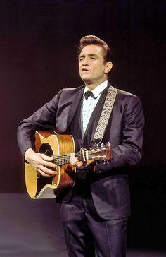 The Man In Black: Mr. Johnny Cash