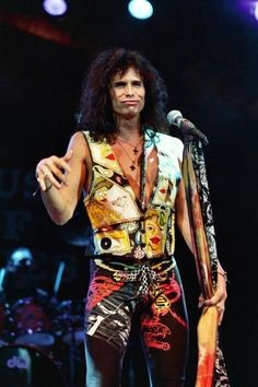 Steven Tyler MBTI. I  believe it is not a coincidence that i have a looot loot a very very very lot of picture resembles to his gesture and mimics. Hahahahahahaha. ENTPs rule the world. Yeay!!!