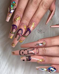Beautiful, provocative and long nails are the dream of many women. Bling Acrylic Nails, Aycrlic Nails, Best Acrylic Nails, Acrylic Nail Designs, Swag Nails, Dope Nail Designs, Perfect Nails, Gorgeous Nails, Pretty Nails
