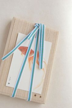 Wooden Japanese Goldfish Box Packaging #japanese #wooden #packaging