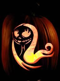 Halloween: Sally - Nightmare Before Christmas jackolantern! Jack Skellington Kürbis, Jack Skellington Pumpkin Carving, Pumkin Carving, Carving Pumpkins, Sally Nightmare Before Christmas, Nightmare Before Christmas Wallpaper, Halloween Town, Spirit Halloween, Holidays Halloween