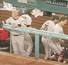 so funny Buster Posey, San Francisco Giants, Baseball Cards, Heart, Funny, Sports, Hs Sports, Funny Parenting, Sport