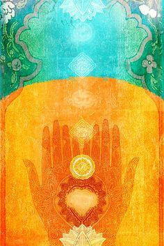 Vanuit pure liefde, puur welzijn, als een poort waardoor alle energie stroomt, volgt Naresh zijn intuïtie en word hij geleid. Zijn handen vloeien, de energie stroomt, Liefde wordt gevoeld. Angsten lossen op. Zachtheid en oprechtheid. Integer en eerlijk.  Zo raakt hij je (aan).