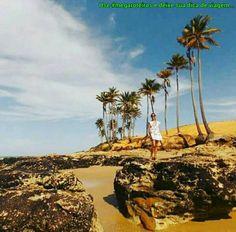 Nossa querida turista/amiga @zeliadiasfelizes curtindo a Praia de Lagoinha - Paraipaba - CE. www.megaroteiros.com.br #boraviajar #ceara #fui