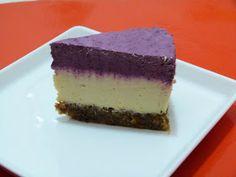 Vica: Áfonyatorta, nyers . Vegan Cheesecake, Raw Food Recipes, No Bake Cake, Paleo, Chips, Sweets, Snacks, Baking, Health