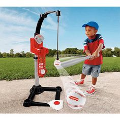 Batter up! This batting trainer features a tee-free design that helps kids keep their eyes on the ball. #ToysForAll