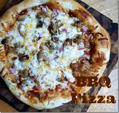BBQ Pizza - Crispy golden crust with pulled Pork and homemade BBQ Sauce. missinformationblog.com #pizza #BBQ #BBQ Pizza