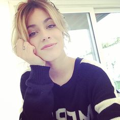 Martina Stoessel France !♥