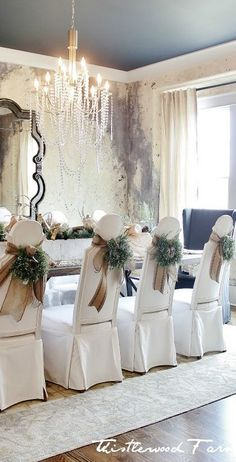 The Chic Technique: Modern French Country Christmas Dining Room Table Idea Christmas Home, White Christmas, Christmas Holidays, Christmas Decorations, Table Decorations, Rustic Christmas, French Country Christmas, Holiday Decorating, Decorating Ideas