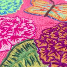 Embroidery flowers bordado butterfly colours