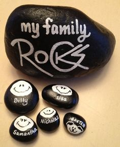A great gift idea, for yourself or the family who has everything! Handpainted in high gloss black acrylic paint with white lettering, I can personalize everyones name in your rockin family - including your pets! An adorable and unique conversation piece, Rock Painting Patterns, Rock Painting Ideas Easy, Rock Painting Designs, Paint Designs, Pebble Painting, Pebble Art, Stone Painting, Pebble Mosaic, Rock Art Painting