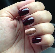 Escolha perfeita das tonalidades e mais uma vez o dourado deixou as unhas belíssimas e charmosas!!! Tudo para suas unhas em: www.lojadeesmaltes.com.br