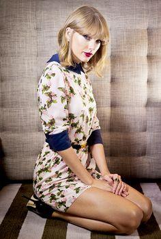 Taylor Swift Legs