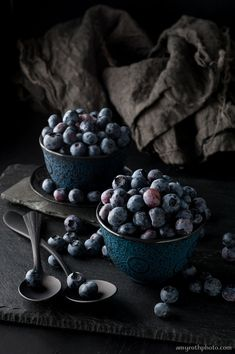 Large Wall Art Still Life Blueberries Food Photography Oversized Art Kitchen Decor Dining Room Decor Restaurant Decor Home Decor Fruit And Veg, Fruits And Veggies, Fruit Food, Vegetables, Dark Food Photography, Photography Tips, Landscape Photography, Portrait Photography, Photography Hashtags