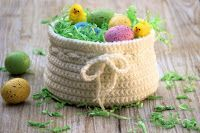 Tutorial - How to Crochet an Easter Basket