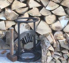 Brændekløver -verdens sikreste! Køb en Kindling Cracker Crackers, Firewood, New Zealand, Texture, Crafts, Surface Finish, Pretzels, Woodburning, Manualidades
