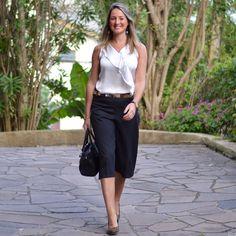 Look de trabalho - pantacourt - calça pantacourt - look de verão - work outfit - look executiva - moda corporativa - black and white - preto e branco