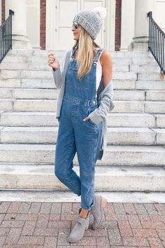 Looking to try trends without breaking the bank? Sharing affordable Fall fashion trends for 2018 in collaboration with Nordstrom and TopShop in today's post Fashion Trends 2018, Urban Fashion Trends, Fashion Brands, Fashion Websites, Fashion 2018, Connecticut, Teen Fashion, Fashion Outfits, Womens Fashion