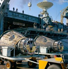 December 20, 1965 – After rendezvousing in space, the Gemini 6 and Gemini 7 space capsules meet once again at the Mayport Naval Station near Jacksonville, Florida, after unloading from the USS Wasp.