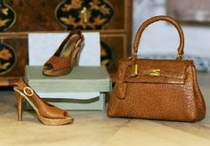 Beautiful shoes and handbag, Josje Wowee, these are fab...