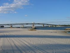 Yorktown_coleman_bridge. learned how to swim under this bridge! Yorktown Beach, Yorktown Virginia, Virgina Beach, Places Ive Been, Places To Go, Miss Virginia, Virginia Is For Lovers, County Seat, Swimming