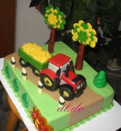 Tractor cake By aldoska on CakeCentral.com