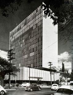 Rino Levi | Banco Sudamericano | Sao Paulo, Brasil | 1961-1963 © Rosa Karina Carvalho Cavalcante