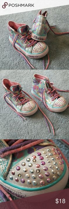 Sketchers Twinkle Toes Size 7 Girls Sneakers Gently used. All jewels intact, though two are slightly pushed in. Please message me with any questions.  Thank you  . sketchers Shoes Sneakers