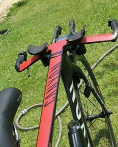 Bikes Discover Tour Tech The time trial bikes Tour Tech The time trial bikes Velo Design, Bicycle Design, Road Bikes, Cycling Bikes, Cycling Equipment, Canyon Bike, Trial Bike, Road Bike Women, Bicycle Maintenance