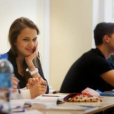A Polónia deu autonomia às escolas e passou a estar ao lado dos melhores - PÚBLICO