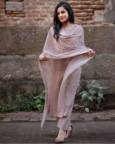 Dusty Pink Block Printed Set by The Lotus Collective Kurta Designs Women, Salwar Designs, Pakistani Kurta Designs, Indian Attire, Indian Ethnic Wear, Indian Girls, Ethnic Outfits, Indian Outfits, Trendy Outfits