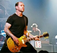 Mike ness social distortion