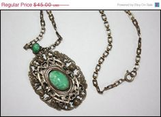 25 OFF Holiday Sale Victorian Green Glass Stone by TheOldJunkTrunk, $33.75
